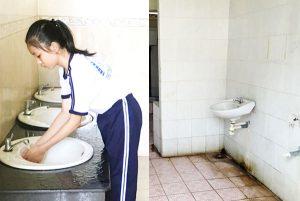 Phát ớn với nhà vệ sinh trường học
