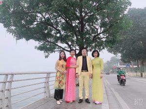 Đi lễ Phủ Tây Hồ